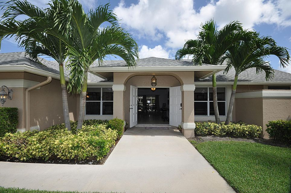 1919 Lindsey Court  Wellington, FL 33414