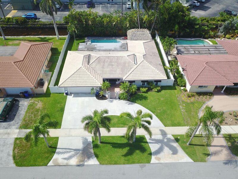 1510 SE 14th Court - Deerfield Beach, Florida