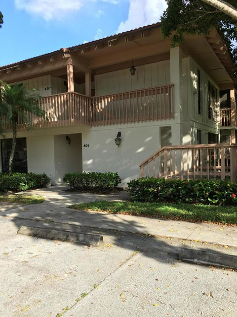 401 Brackenwood Lane , Palm Beach Gardens FL 33418 is listed for sale as MLS Listing RX-10453429 24 photos