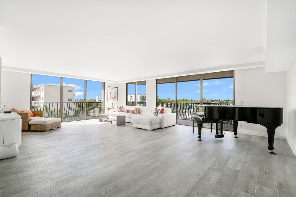 Home for sale in La Pensee South Palm Beach Florida