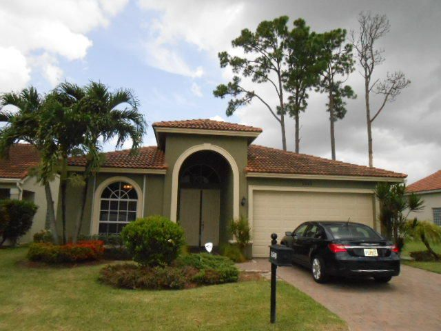 5548 American Circle , Delray Beach FL 33484 is listed for sale as MLS Listing RX-10453529 23 photos