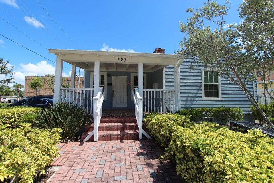 223 Pine Street  West Palm Beach FL 33407