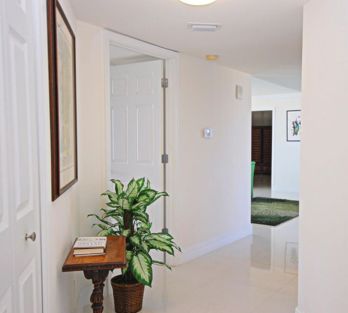 3000 N Ocean Drive 27f , Riviera Beach FL 33404 is listed for sale as MLS Listing RX-10453677 39 photos