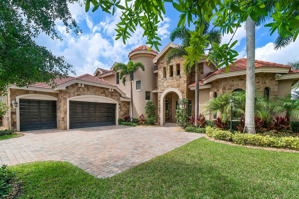 10565 Versailles Boulevard Wellington, FL 33449 photo 1