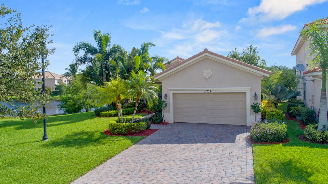12109 Aviles Circle 199 , Palm Beach Gardens FL 33418 is listed for sale as MLS Listing RX-10453710 33 photos