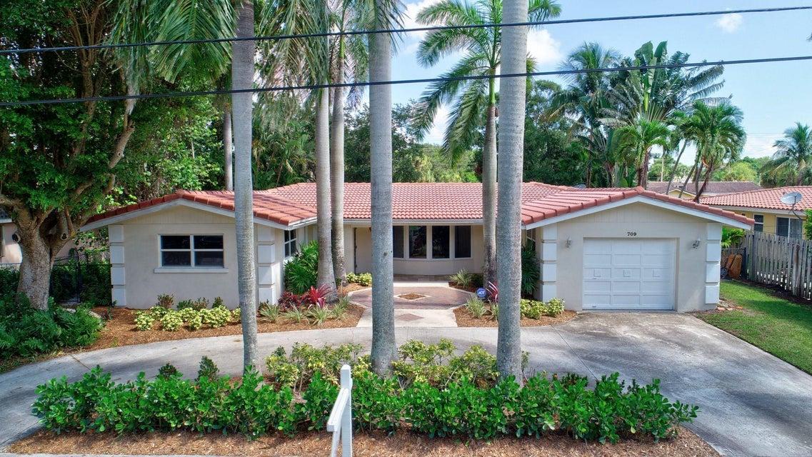 709 W Royal Palm Road  Boca Raton FL 33486