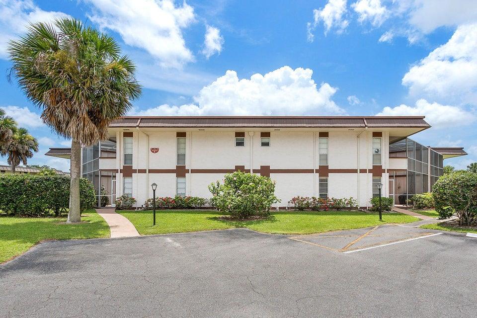 3 Greenway Village 109  Royal Palm Beach FL 33411