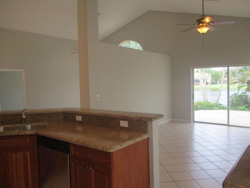 Photo of  Lake Worth, FL 33467 MLS RX-10453945
