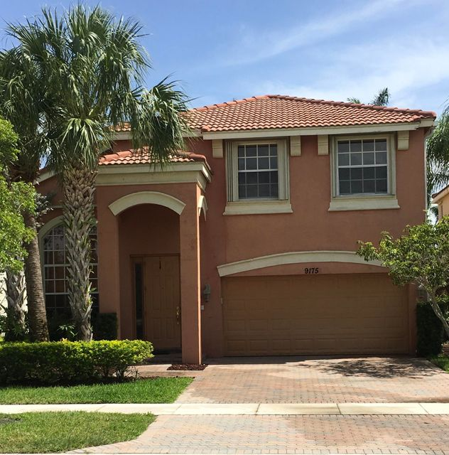 9175 Dupont Place Wellington, FL 33414