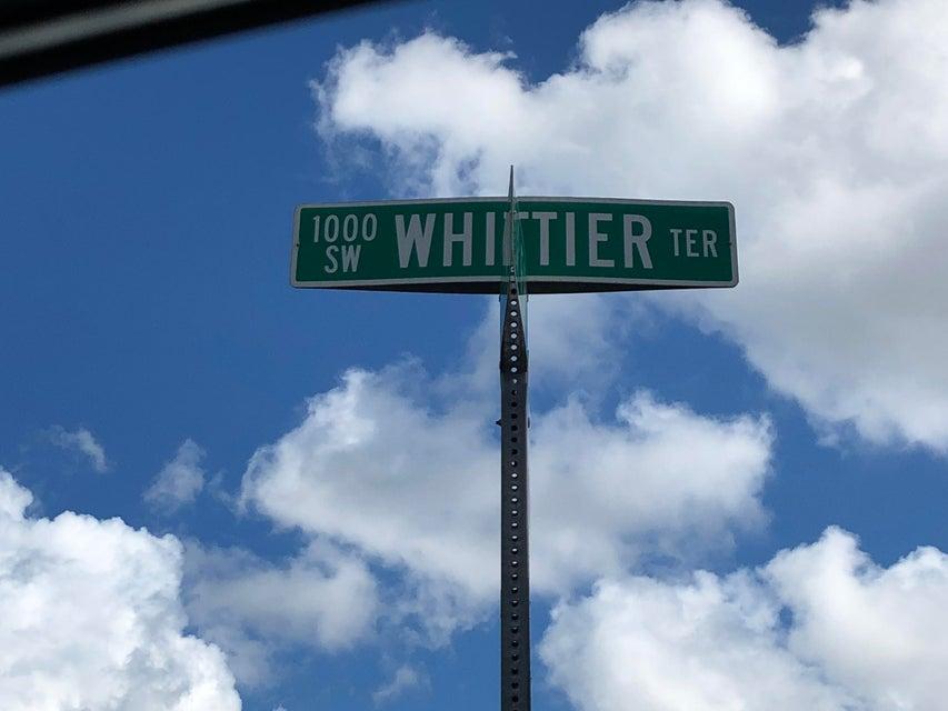 1055 Sw Whittier Terrace