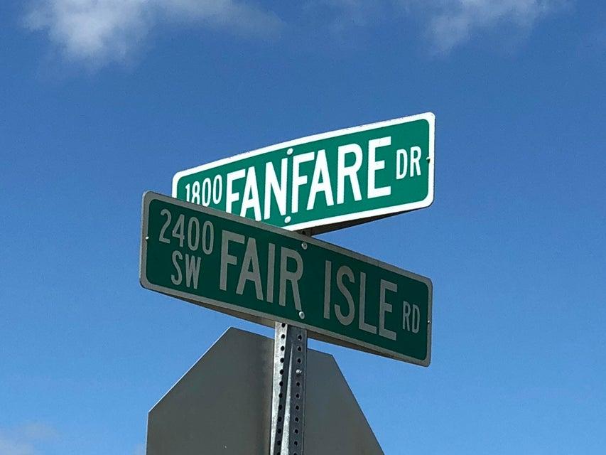 1852 Sw Fanfare Street