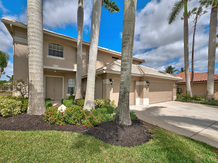 124 Cypress Crescent  Royal Palm Beach FL 33411