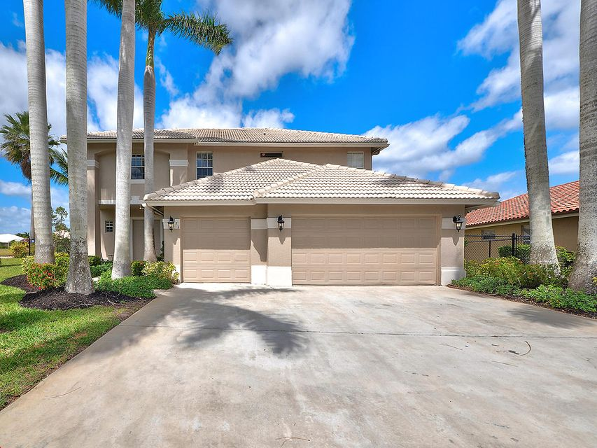 124 Cypress Crescent Royal Palm Beach, FL 33411 small photo 2