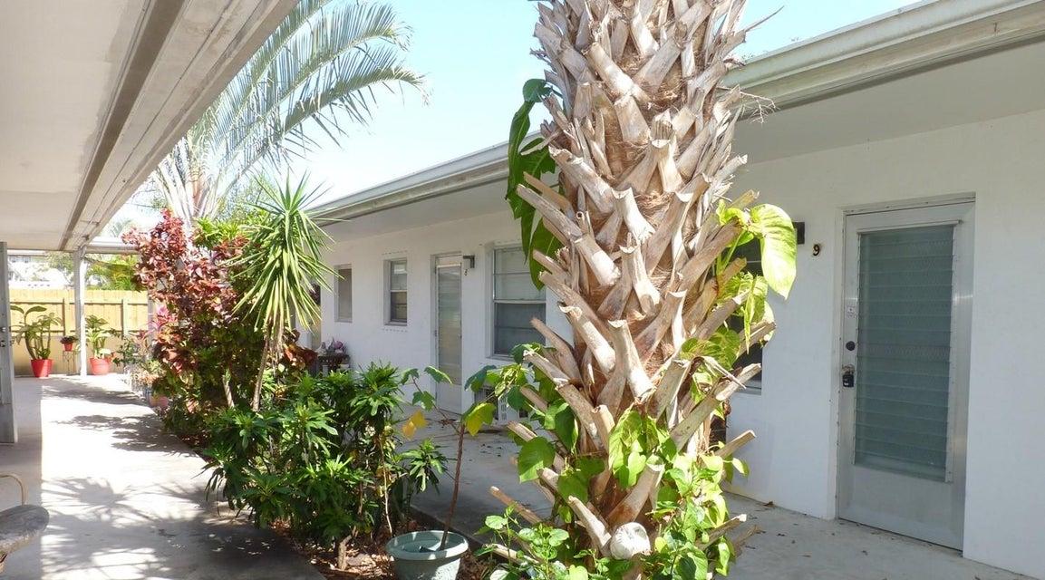 1746 3rd Avenue 2  Lake Worth, FL 33460