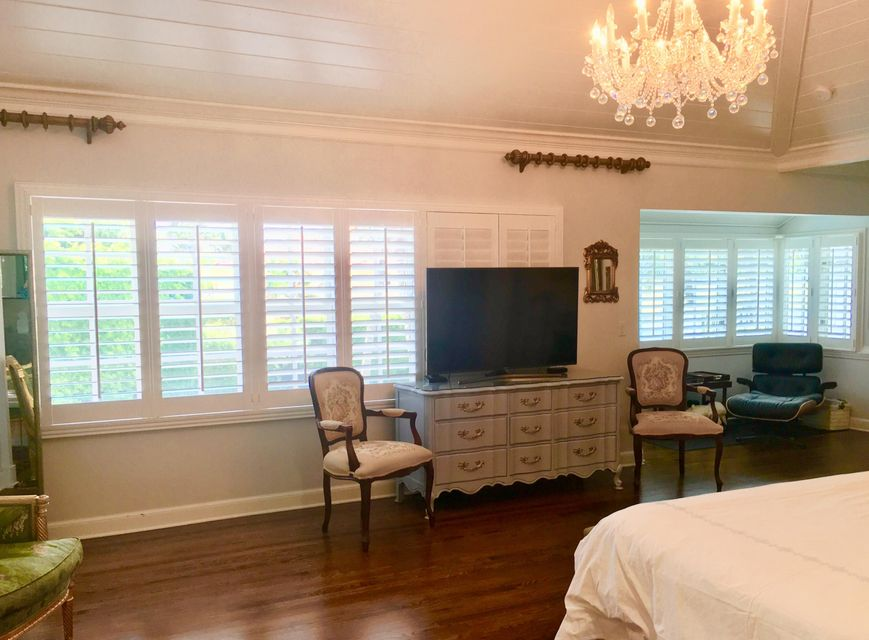 113  Kings Road , Palm Beach FL 33480 is listed for sale as MLS Listing RX-10445593 photo #18
