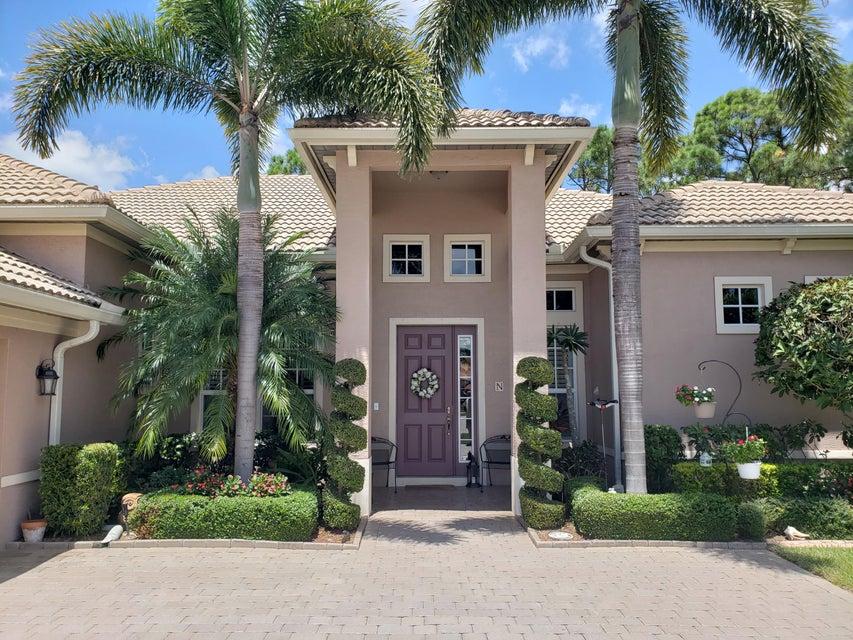 404 NW Lyndhurst Court, Port Saint Lucie, Florida