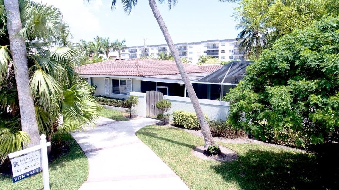 933 NE 24th Street  Boca Raton FL 33431