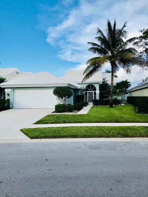 1560 Wilderness Road  West Palm Beach, FL 33409