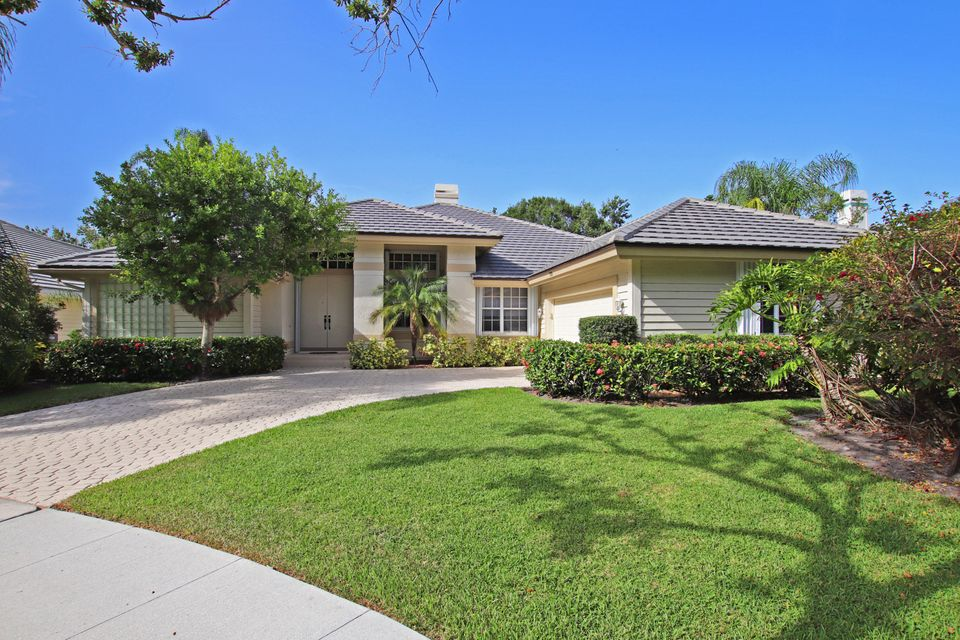 107 Jeanette Way , Jupiter FL 33458 is listed for sale as MLS Listing RX-10454582 22 photos
