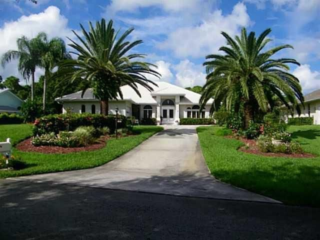 Home for sale in Magnolia Bluff Palm City Florida
