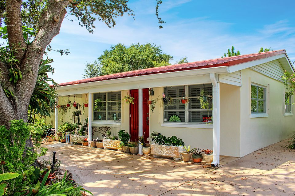 611 Riverside Drive , Palm Beach Gardens FL 33410 is listed for sale as MLS Listing RX-10454753 30 photos