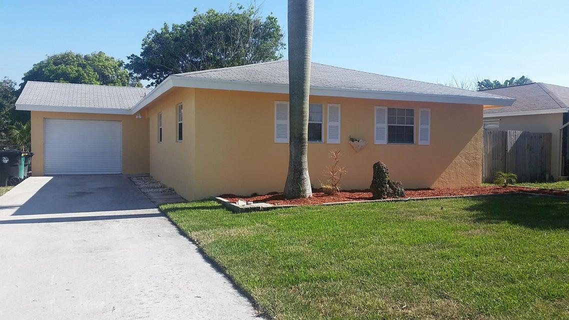 1523 19th Avenue  Lake Worth, FL 33460