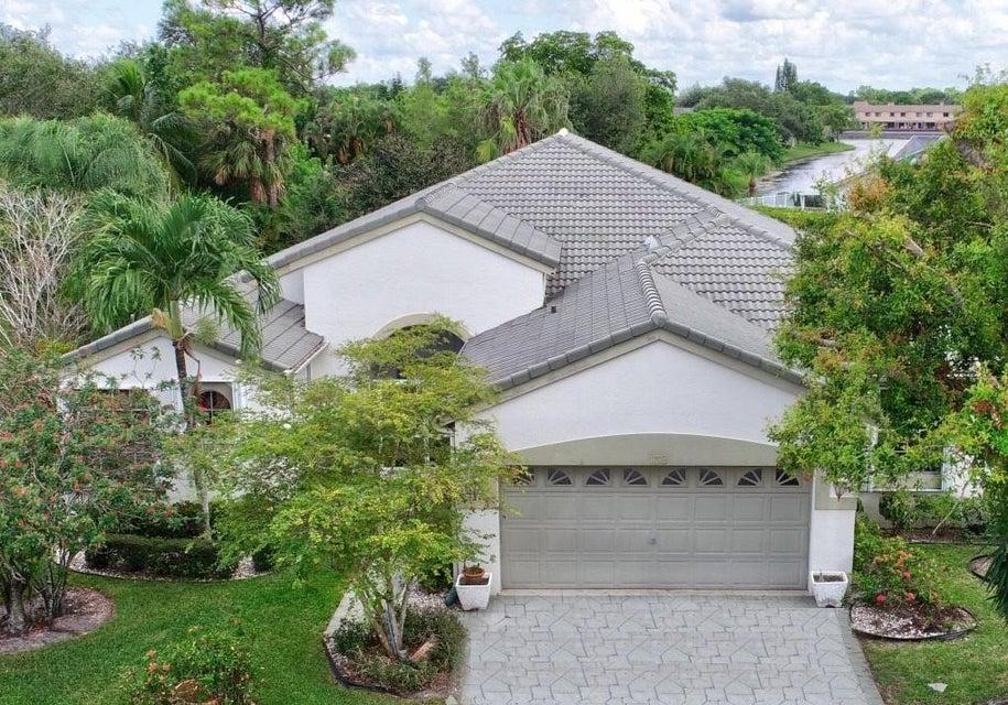 132 Private Place  West Palm Beach FL 33413
