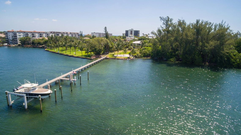 900  Lago Mar Lane, Boca Raton, Florida