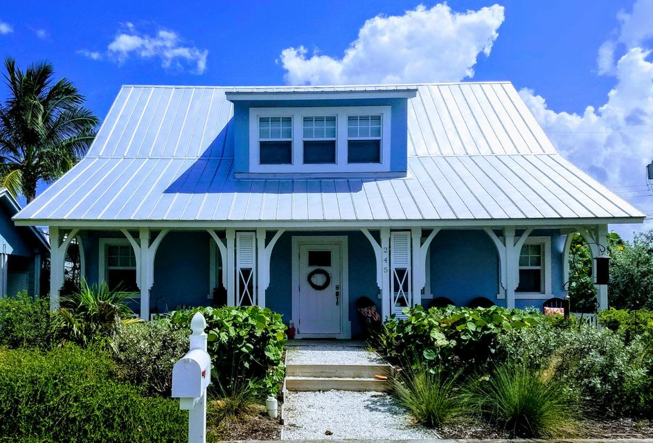 Home for sale in College Park Lake Worth Florida