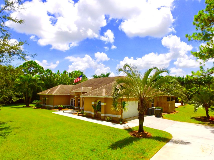 15592 100th Lane West Palm Beach, FL 33412