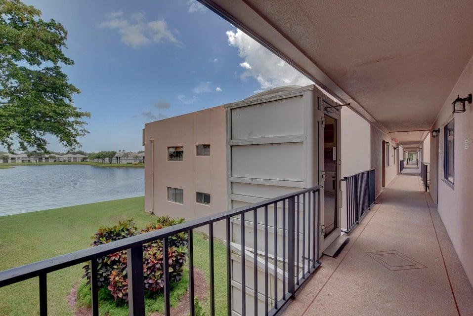 15109 Ashland Terrace 320 Delray Beach, FL 33484 photo 2