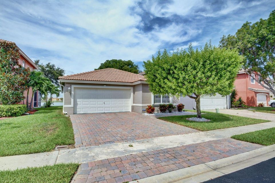 3286 Turtle Cove West Palm Beach, FL 33411