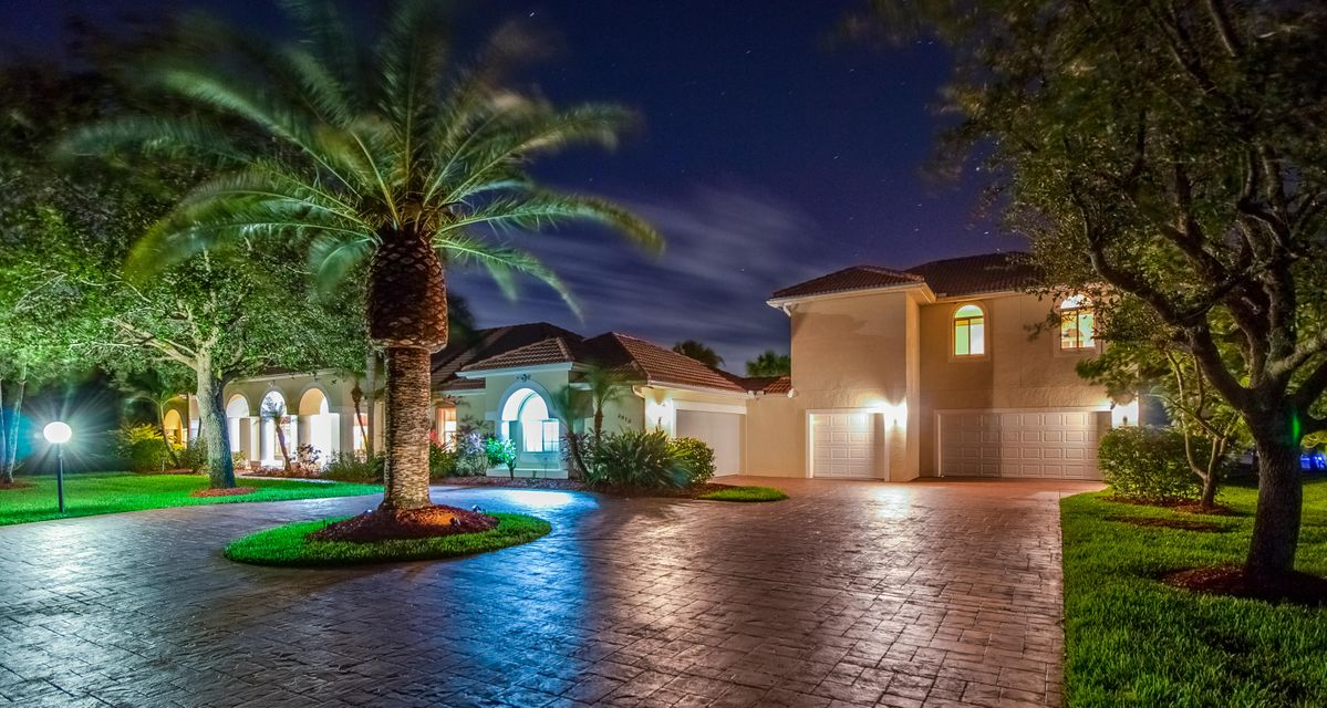 2616 SW River Shore Drive, Port Saint Lucie, Florida