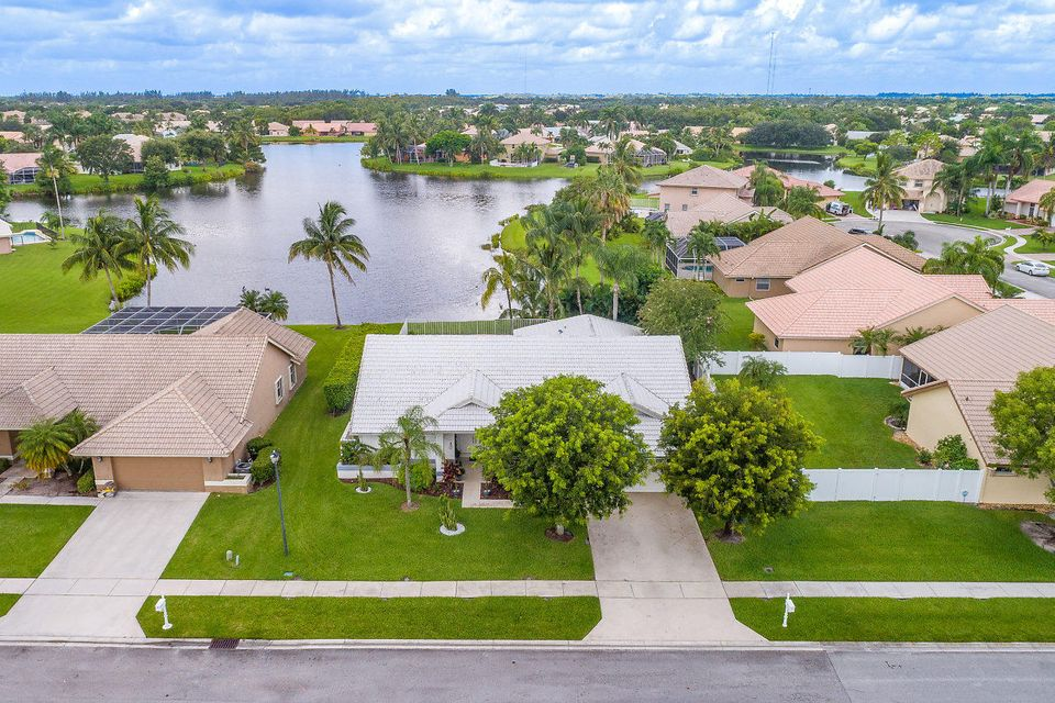 6623 Blue Bay Circle Lake Worth, FL 33467