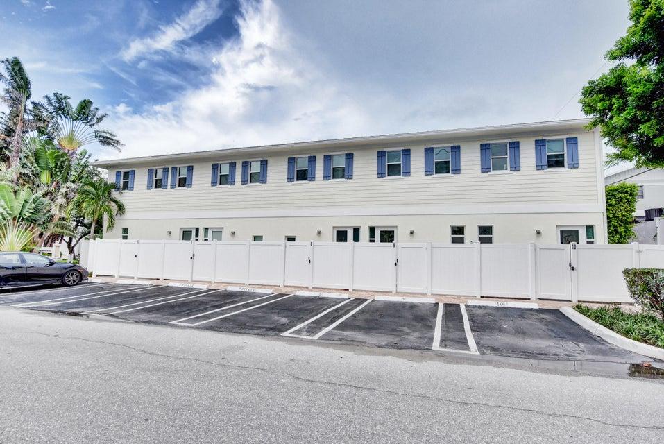303 Gleason Street 9  Delray Beach, FL 33483