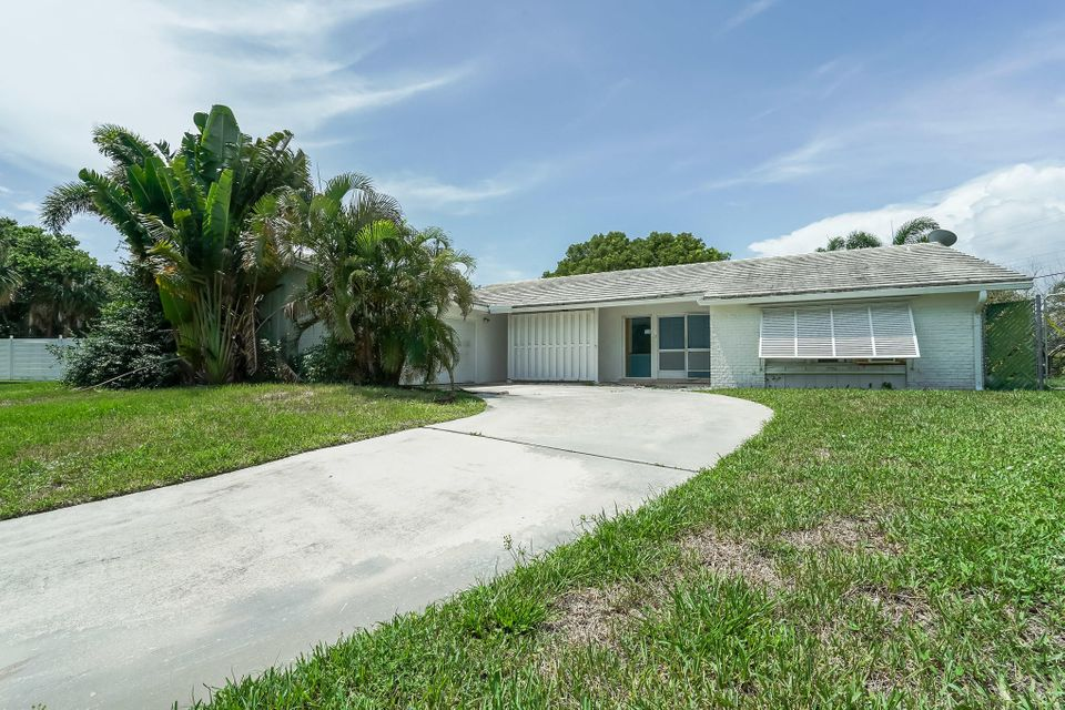 712  Waterway Circle is listed as MLS Listing RX-10456015 with 26 pictures