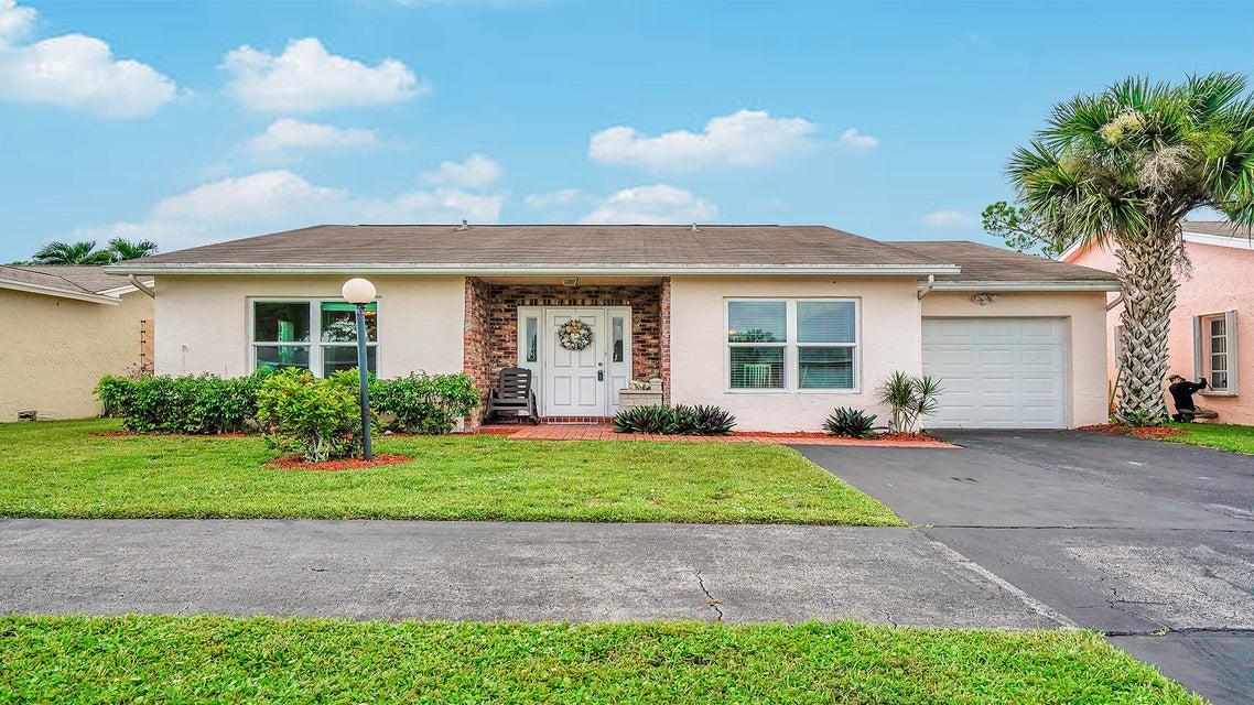7468 Pine Park Drive Lake Worth, FL 33467
