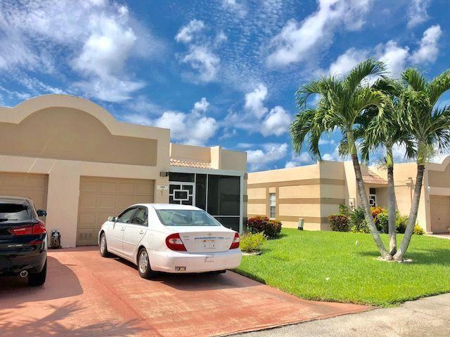 9070 Tracy Court 1  Boca Raton FL 33496