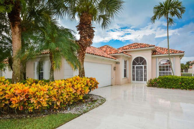 Home for sale in RIVERWALK 3 West Palm Beach Florida