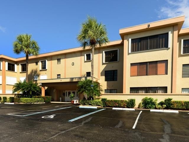 300 N Highway A1a G-302 , Jupiter FL 33477 is listed for sale as MLS Listing RX-10457075 19 photos
