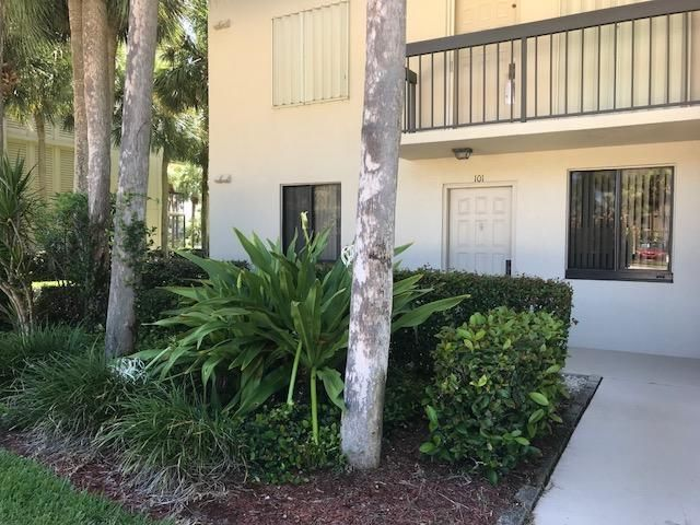 2001 Marina Isle Way 101 , Jupiter FL 33477 is listed for sale as MLS Listing RX-10442789 26 photos