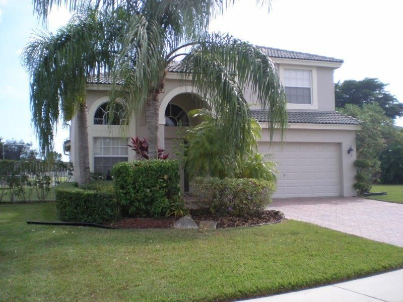 4050 Bluff Harbor Way  Wellington, FL 33449