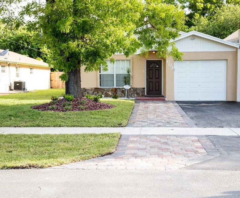 603 NW 1st Avenue, Boynton Beach in Palm Beach County, FL 33426 Home for Sale
