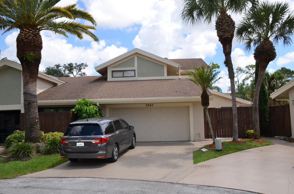 7685 Stanway Place  Boca Raton FL 33433