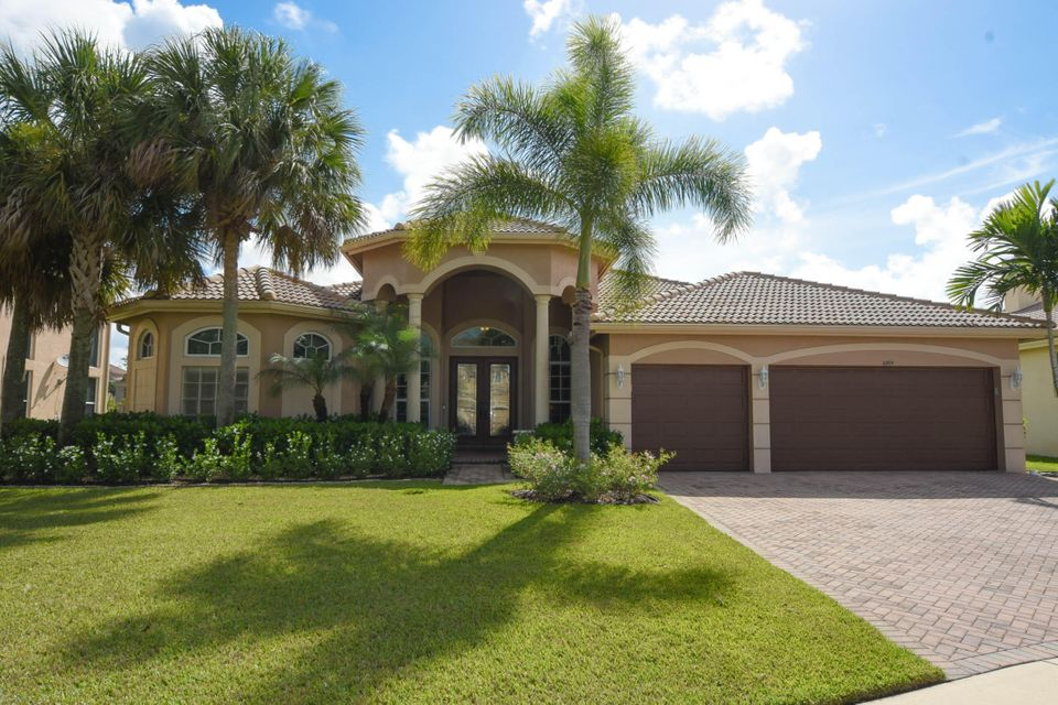 Home for sale in Osprey/country Cove Estates Lake Worth Florida