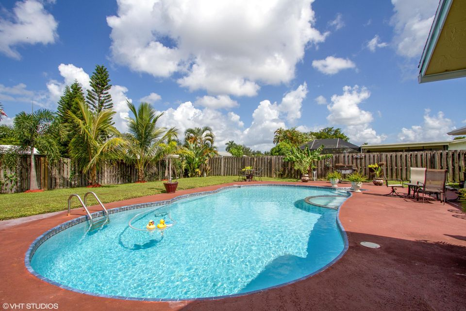 Home for sale in WILLOWS 2ND ADD Royal Palm Beach Florida