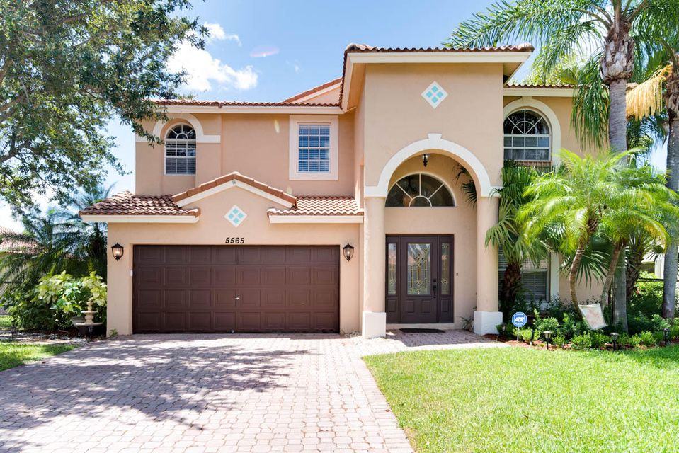 Home for sale in winston park Coconut Creek Florida