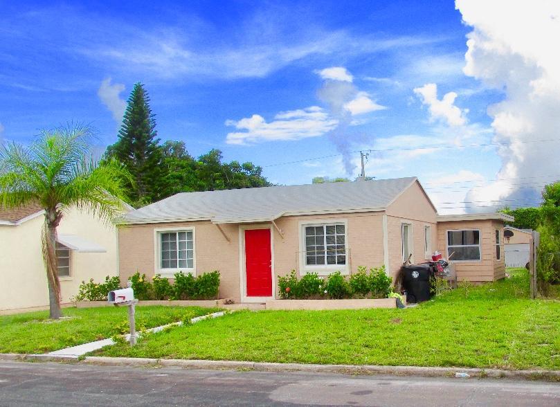 1221 N F Street Lake Worth, FL 33460