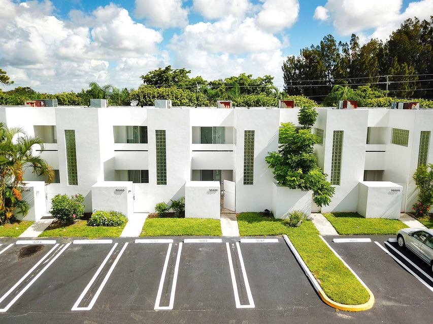 Home for sale in Park Place Townhomes West Palm Beach Florida
