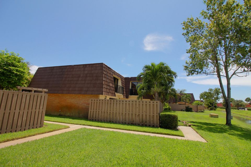 1108 11th Court , Palm Beach Gardens FL 33410 is listed for sale as MLS Listing RX-10439722 12 photos
